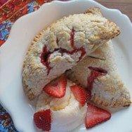 Strawberry & Rhubarb Handpies