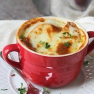Blogger Friday: Slow-Cooker French Onion Soup