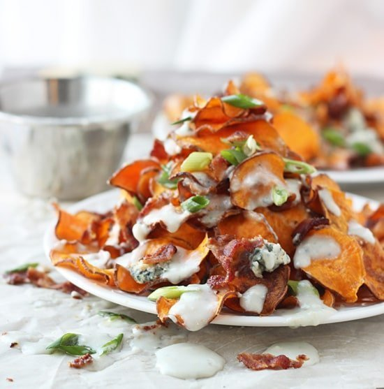 Baked Sweet Potato Chips with Blue Cheese Sauce, Bacon and Green Onion ...