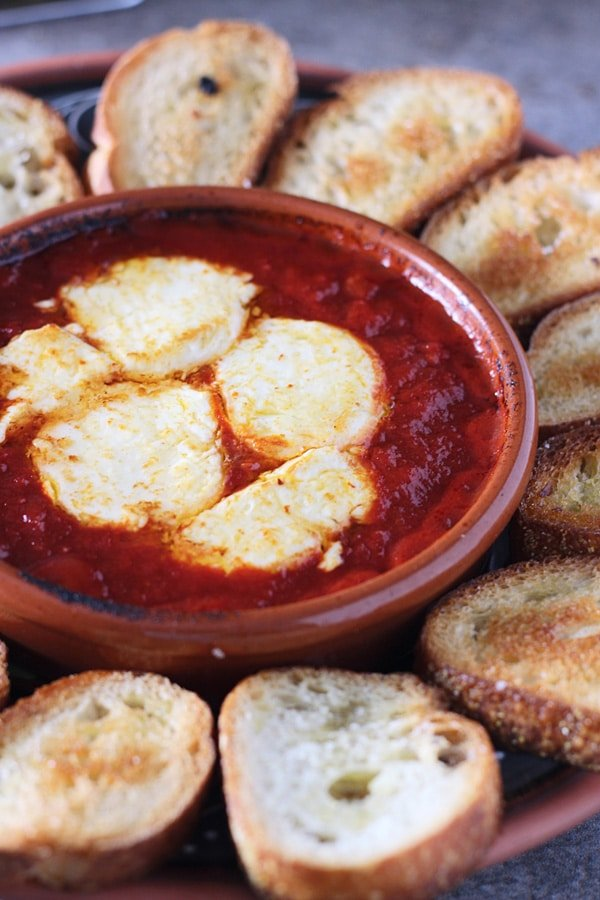 Baked Goat Cheese in Tomato Sauce