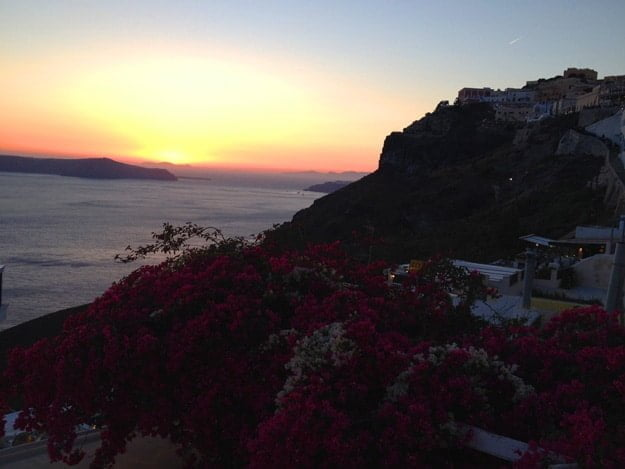 Fira, Santorini Greece sunset via cookingforkeeps.com