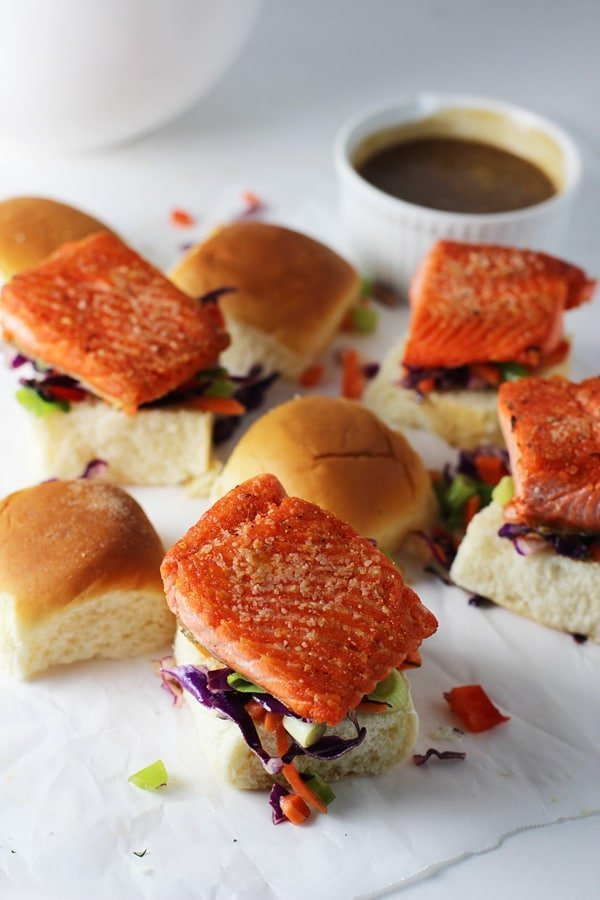 how to cook salmon sliders