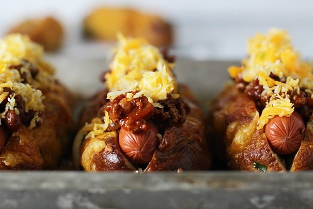 Jalapeno and Cheddar Pretzel Hot Dog Buns with Turkey Chili Cheese 5