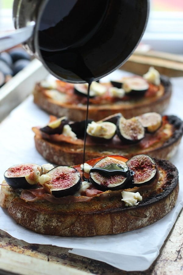 Roasted Fig, Blue Cheese and Proscuitto Tartines via Cooking for Keeps