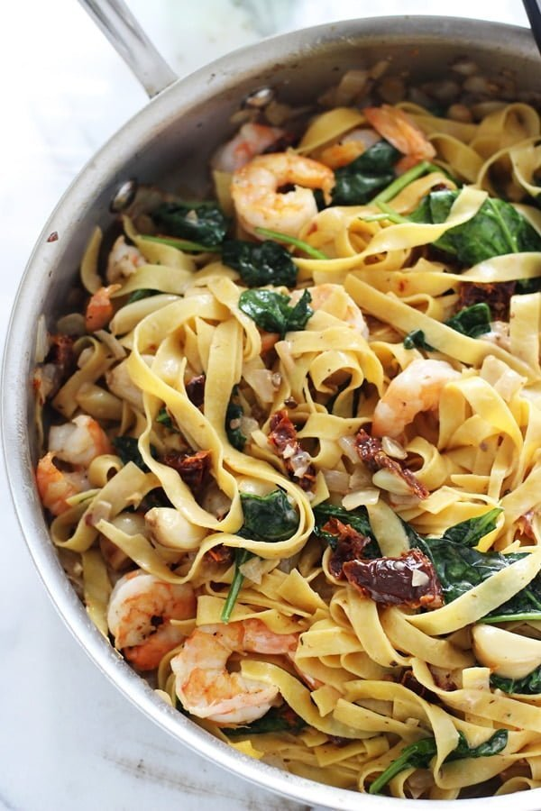 Shrimp Tagliatelle with Roasted Garlic, Sun-dried Tomatoes and Sweet Vermouth Cream Sauce 4