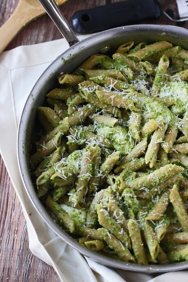 Cheesy Baked Penne with Broccoli and Spinach Pesto 4