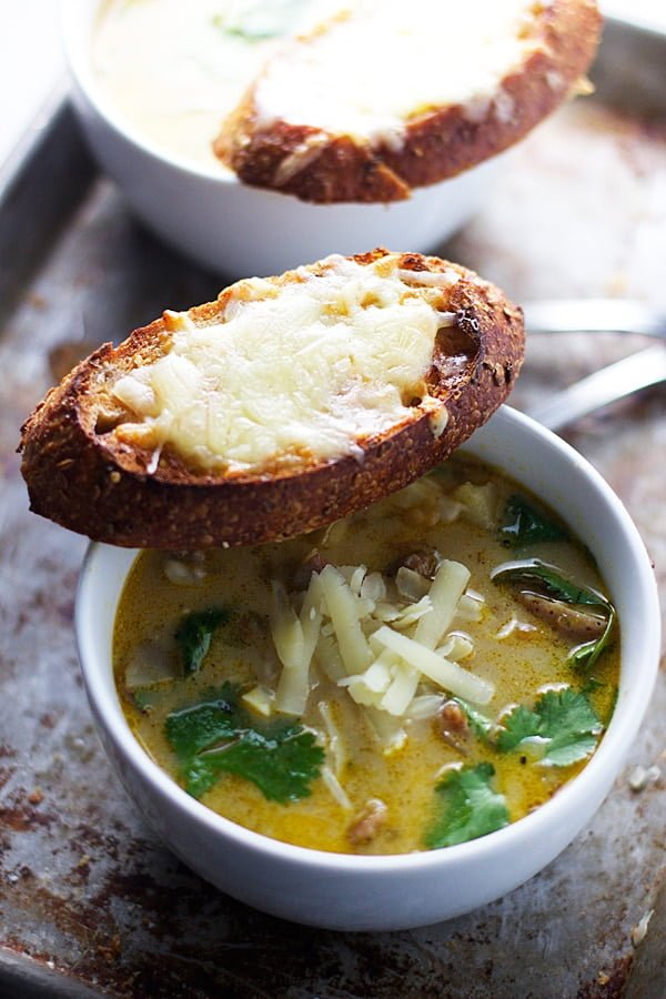 Spicy Poblano and Sausage Chowder with Sharp Cheddar Crostini - A super easy, healthy and DELICIOUS weeknight soup! | cookingforkeeps.com #soup