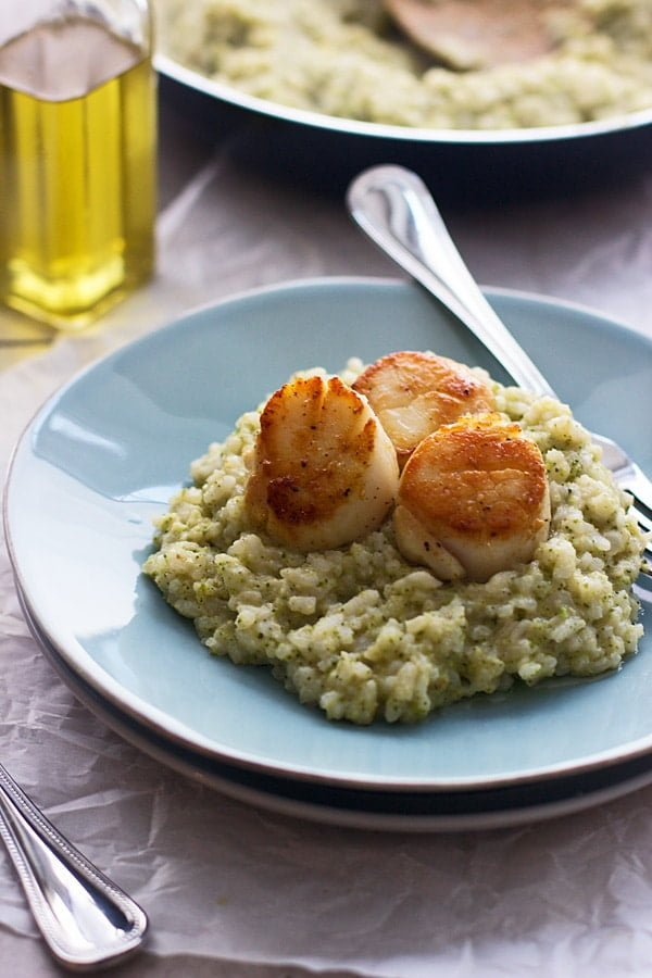Oven-Baked Risotto with Broccoli Pesto and Seared Scallops - A perfect ...