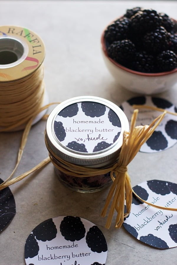 Homemade Black Berry Butter -- The perfect condiment to spread on breakfast breads, but also the perfect gift!