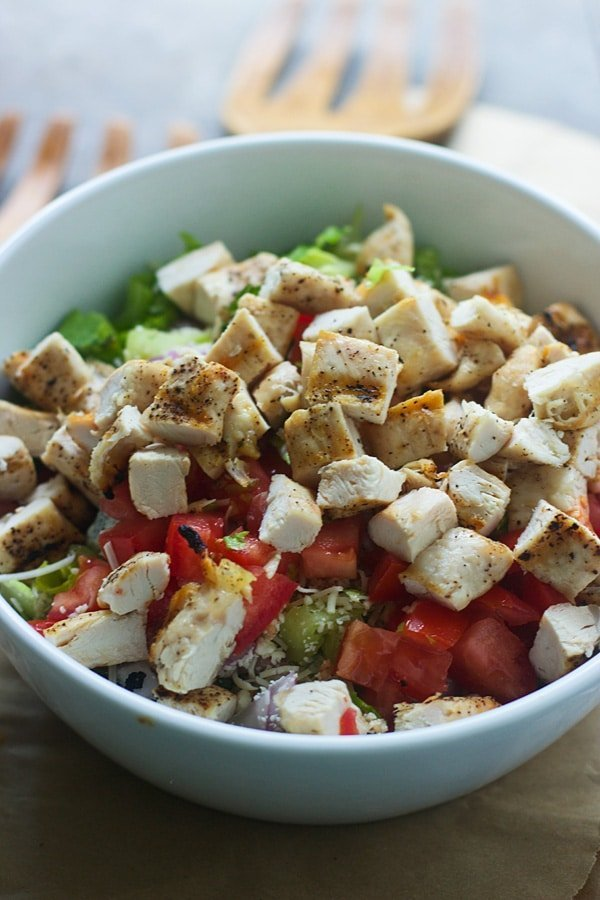 How to Make a Restaurant Quality Salad from the Salad Bar2