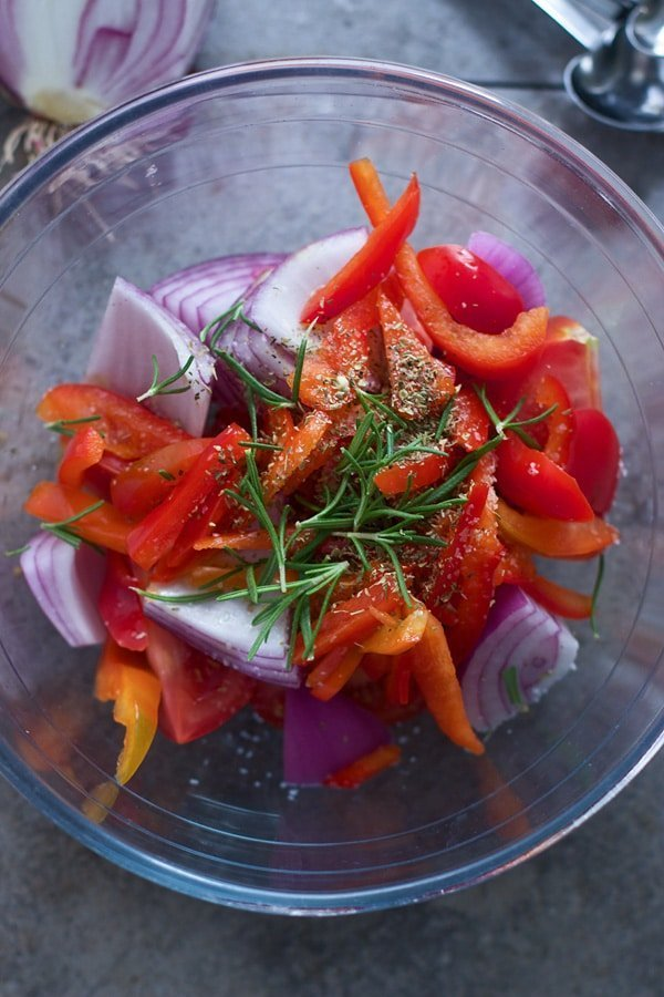 Red onion, red pepper and rosemary