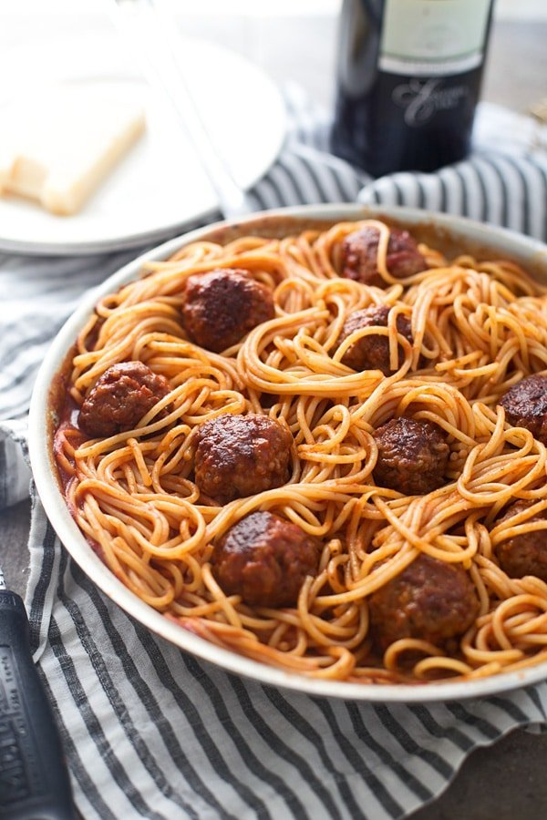 Six Ingredient Spaghetti and Meatballs - An easy, fast way to make everyone's favorite Italian dish!