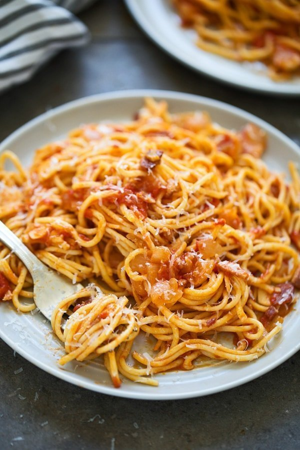 Spaghetti in All'Amatricina sauce