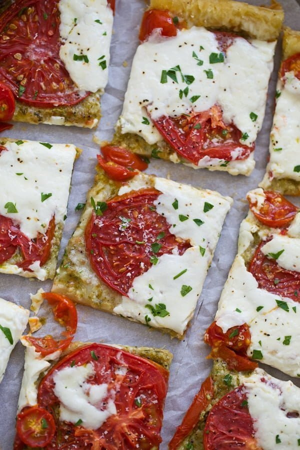 Tomato and Burrata Pizza
