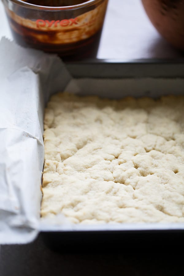 Salted shortbread crust