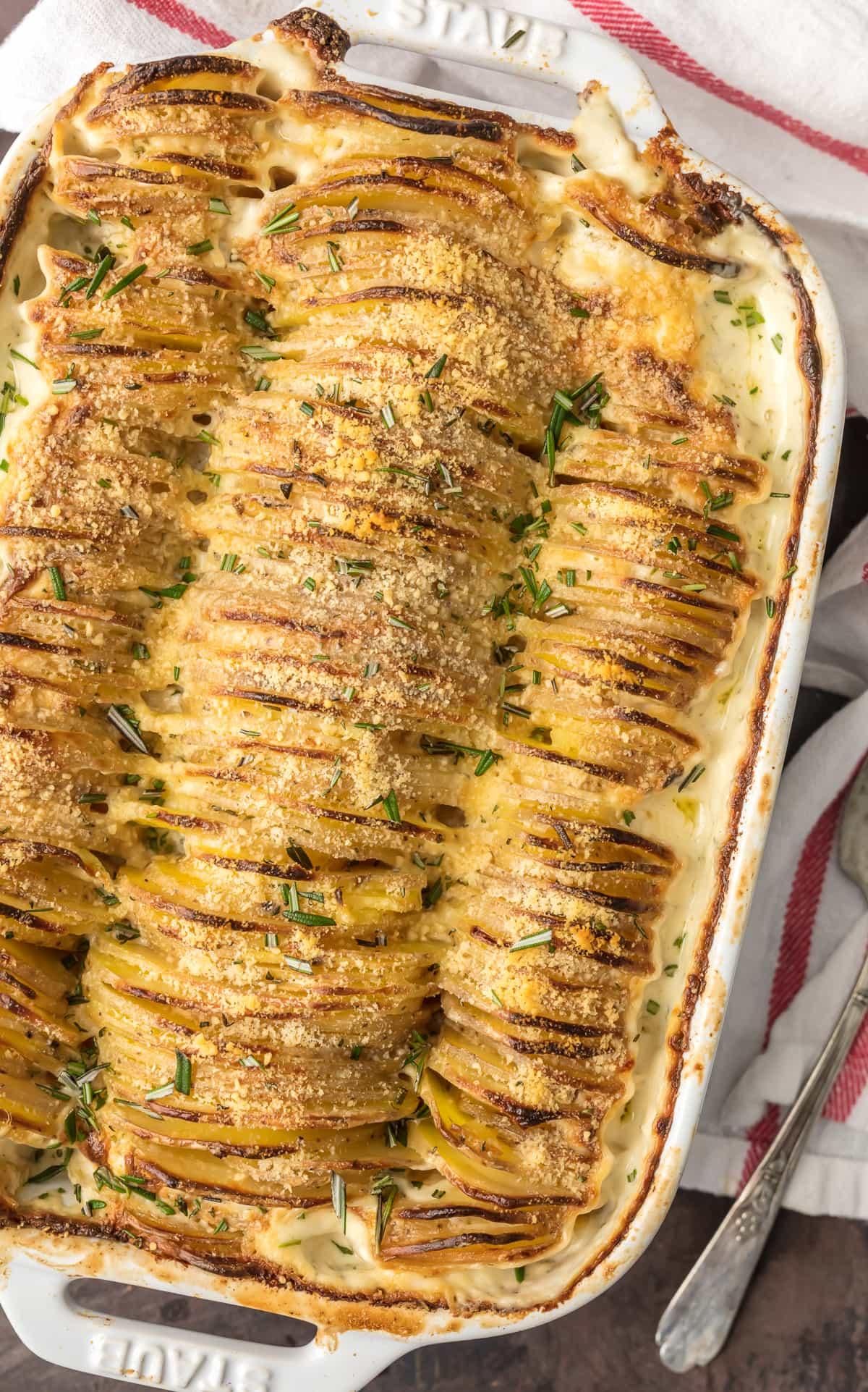 Cheesy Garlic Scalloped Potatoes