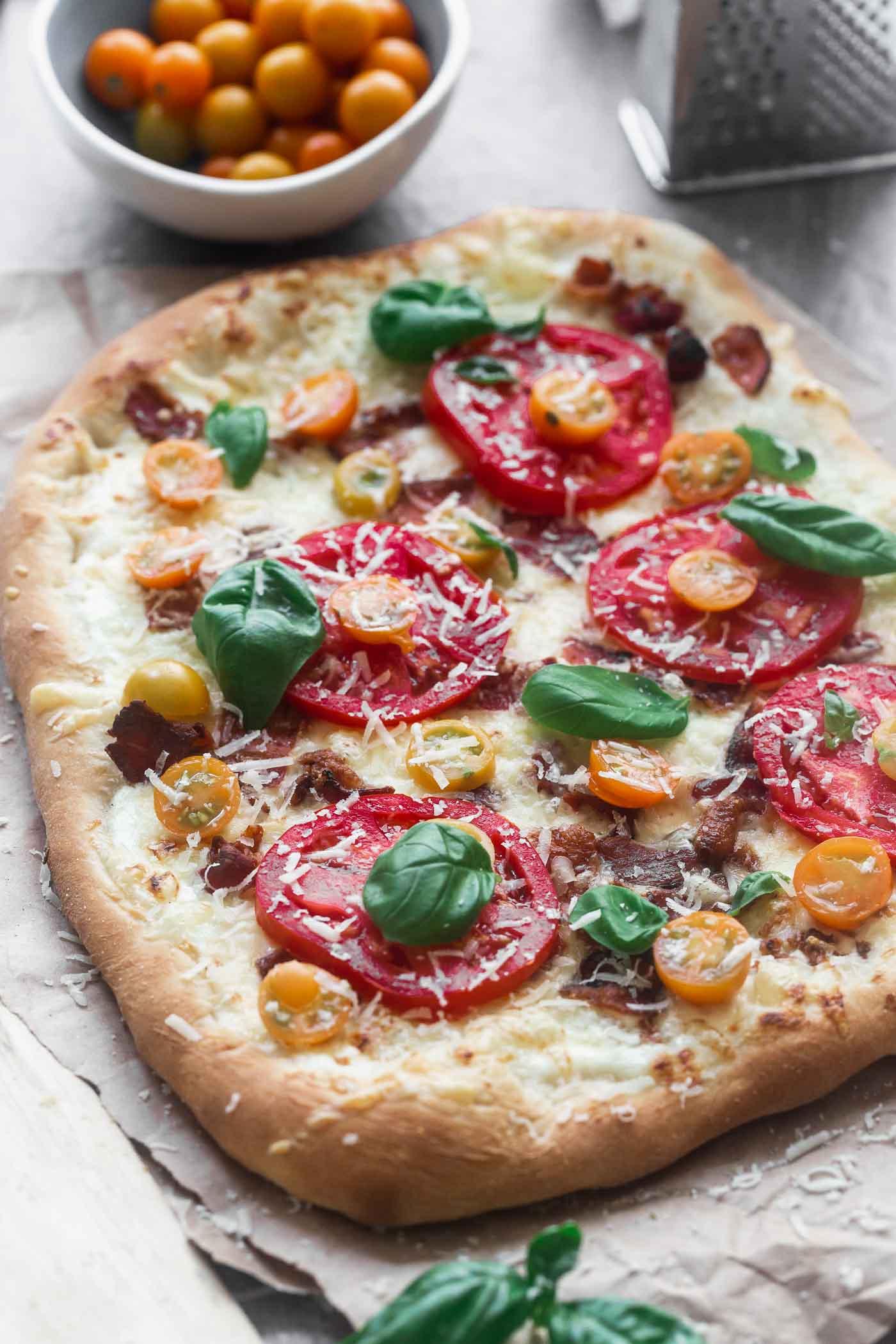 Ricotta, Bacon and Tomato Pizza