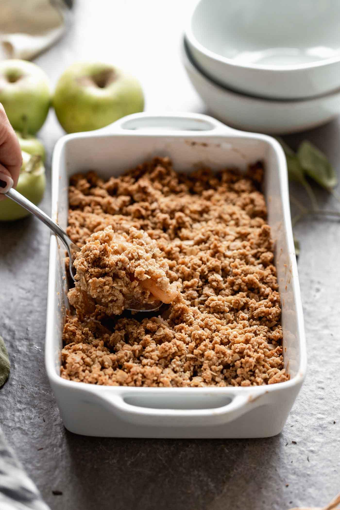 Simple Apple Crisp 5 Ingredients Cooking For Keeps