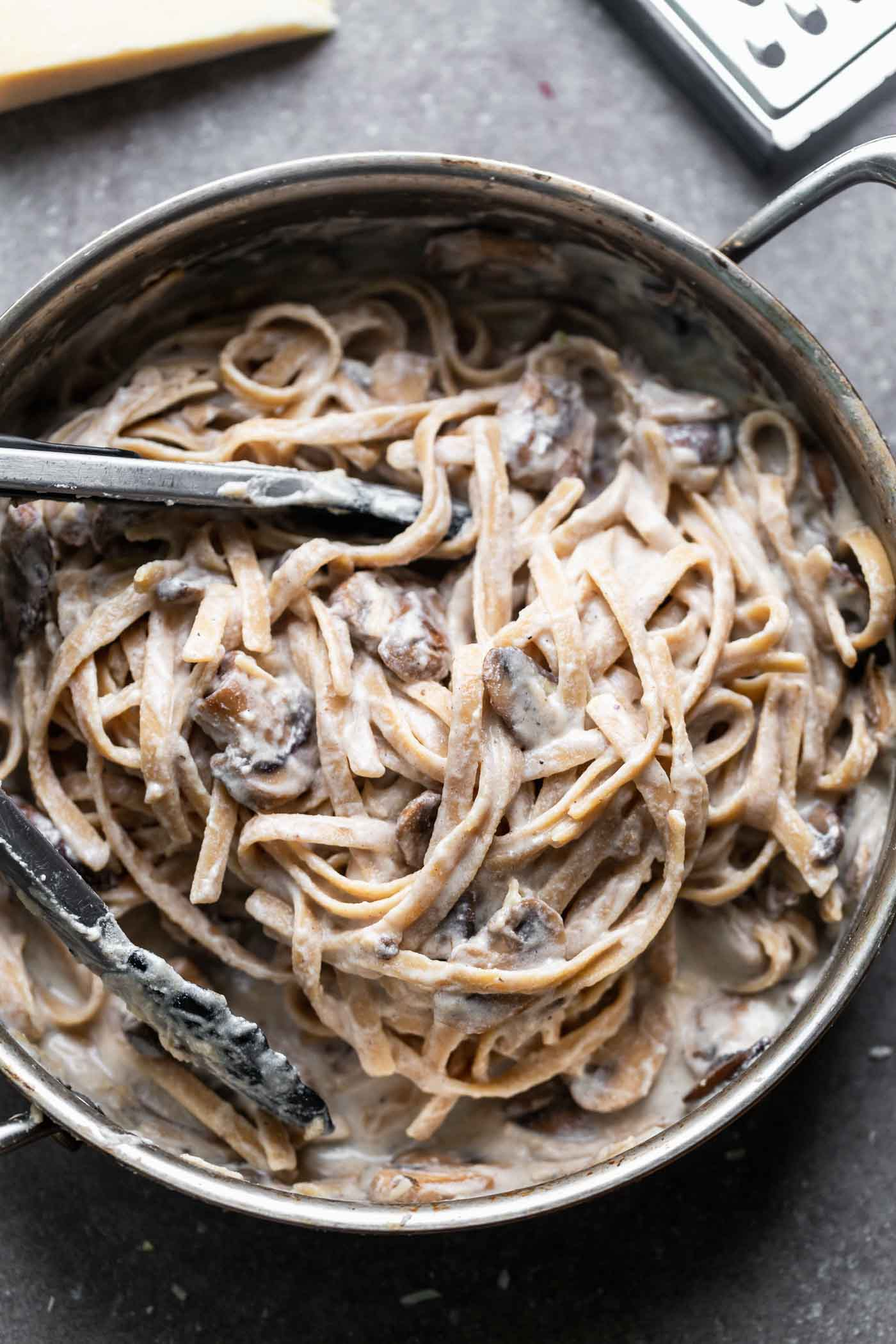 Creamy Mushroom and Ricotta Pasta is the perfect way to get your pasta fix this winter season! Easy to prepare with minimal ingredients and a sure-fire hit with pasta lovers.