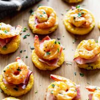 Shrimp and Grits Cakes with Crispy Ham