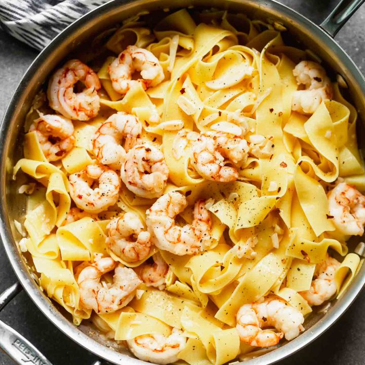 5-Ingredient Garlicky Shrimp Pasta
