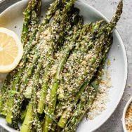 Easy Roasted Asparagus with Breadcrumbs